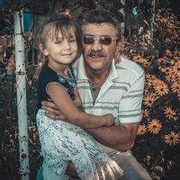 Папа и племянница :: Анатолий Остапущенко