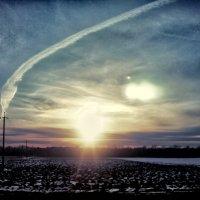 Небо. След от самолета :: Наталья Дивинец