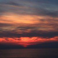 Вновь закат разметался пожаром... :: Zhanna Kushnareva