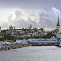 Таллиннская береговая линия :: Александр Рябчиков