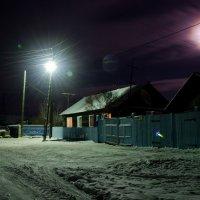 Ночь,улица,фонарь и... :: Дмитрий
