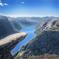 Язык Тролля, Норвегия :: Олег Жирицкий