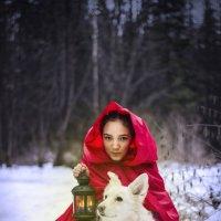 Красная шапочка :: Мария Телегина