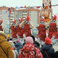 Северодвинск. Масленица. Красивые и резвые :: Владимир Шибинский
