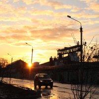 Чудесный закат в городе :: Мария Вергузова