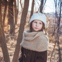 девочка в лесу. :: мария