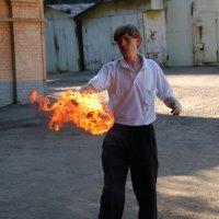 Огненный топор :: Павел Эксперт