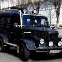 Запоздалый ответ американскому автопрому... :: Владимир Бровко