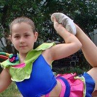 Юная гимнастка :: Нина Корешкова