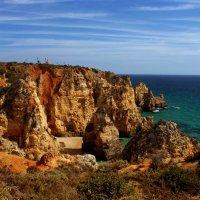 Португалия. Прибрежные скалы в  Лагуше. :: Тиша