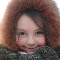 Внучка на морозе. :: Аверьянов Александр