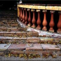 Старая лестница. :: Анатолий
