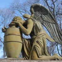 Надгробие Анны Петровны Кожуховой (1793-1827) :: Ирина С