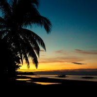 Синий вечер на Doljo Beach :: алексей афанасьев