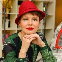 Дама в шляпке. :: Юлия Вольберг