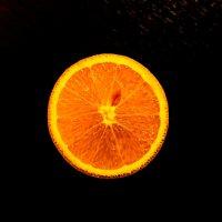 Апельсин... :: Дмитрий Комлев