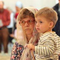бабушка с внуком :: Андрей Чазов