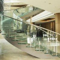 Лестница из стекла. :: Ludmila Frumkina