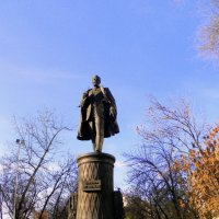 Памятник Шухову на Сретенском бульваре. :: Елена