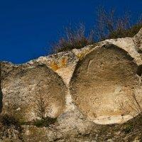 древние зернохранилища в разрезе :: Сергей Леонтьев