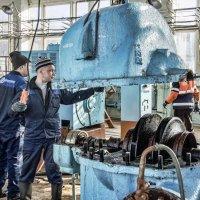 Ремонт насосного агрегата. :: Андрей Мичурин