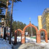 Из серии Церковь Троицы Живоначальной в Академгородке (Новосибирск) :: Мила Бовкун
