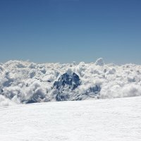 Океан из облаков :: Александр Чазов