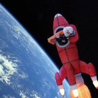 Ракета из лего в космосе :: Лариса Корженевская