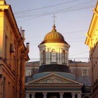 Золотые дома на  Невском- 3 :: Фотогруппа Весна - Вера, Саша, Натан