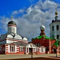 Никольский храм (слева), справа- церковь Сергея Радонежского :: Moscow.Salnikov Сальников Сергей Георгиевич