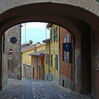 Старая улочка старого города.... :: M Marikfoto