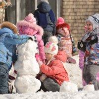 Лепим снежную бабу :: grovs