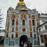 Троицкая надвратная церковь. :: Владимир Сквирский