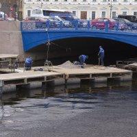 Ремонт Синего моста :: Александр Рябчиков