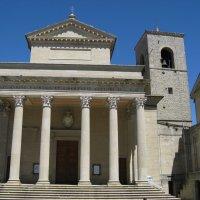Базилика Сан-Марино — главный храм города Сан-Марино. :: Серж Поветкин