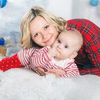Настя с дочерью.. :: Инна Тара