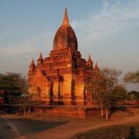 Пагода на закате :: Михаил Рогожин