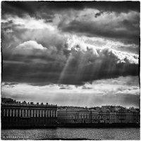 Урбанометрия. Небо в городе. :: Евгений Верещагин