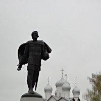 Памятник новгородскому князю Александру Невскому :: Елена Павлова (Смолова)