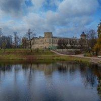 Осенний парк :: vladimir Bormotov
