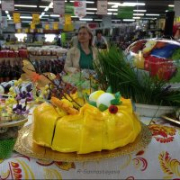 В супермаркете. :: Anna Gornostayeva