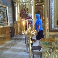 У иконы снятого с креста Иисуса :: Владимир Ростовский