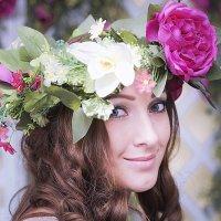 Девушка-весна :: Ирина Корнеева