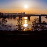 Утро апреля с окна поезда... :: Алексей Белик