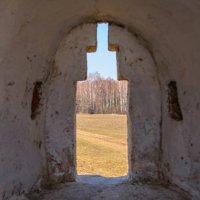 вид с пушечного  отверстия крепотной стены  моностыря :: Svetlana AS