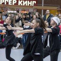 Уличный танец.... :: Диана Мелина