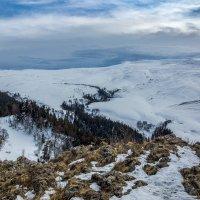 Зимой в горах... :: Александр Хорошилов