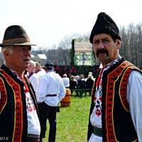 Буковинські народні костюми :: Степан Карачко