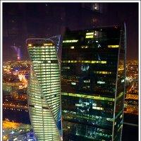 Башни Москва-сити :: Рамиль Хамзин