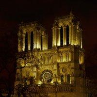 Настоящий символ Парижа :: Maks :))
